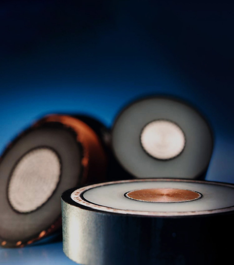 提供安全标准优良的电力产品